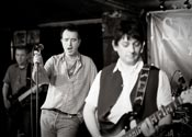 The Smiths Ltd in action at The Moses Gate - image 5